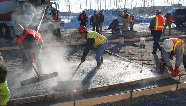 Pouring placing and finishing concrete in cold weather for Concrete freezing