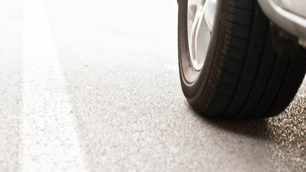 Remove Tire Marks from a Concrete Driveway
